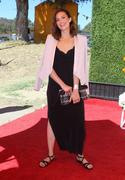 http://img220.imagevenue.com/loc1098/th_056959993_MandyMoore_TheFourthAnnualVeuveClicquotPoloClassic13_122_1098lo.jpg