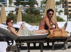 http://img220.imagevenue.com/loc1107/th_311309517_74VVNZSEKM_Mischa_Barton_Wearing_a_Bikini_in_Miami019_122_1107lo.jpg