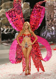 th_12612_Victoria_Secret_Celebrity_City_2008_FS_988_123_194lo.jpg