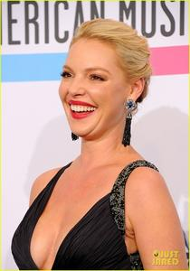 http://img220.imagevenue.com/loc881/th_504050843_heigltag2_122_881lo.jpg